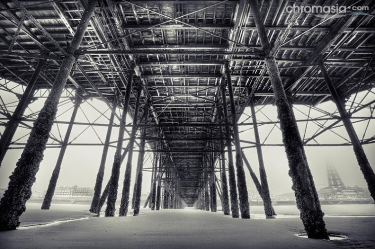 under_the_north_pier_3_b